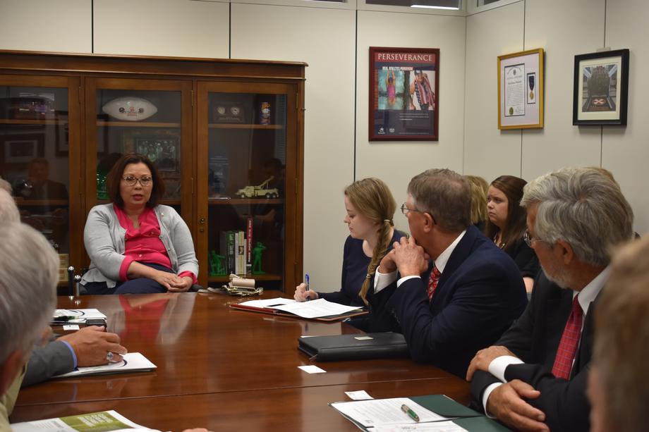 Senator Duckworth Meets with Illinois Soybean Growers