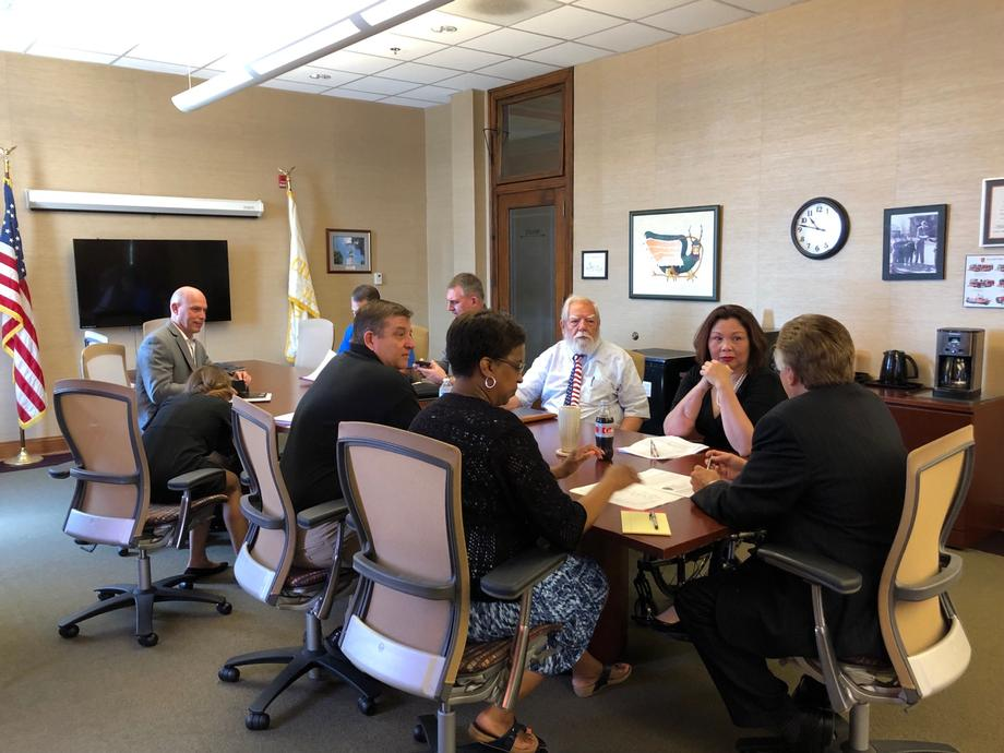 Senator Duckworth Visits with Mayors from Alton and Hardin