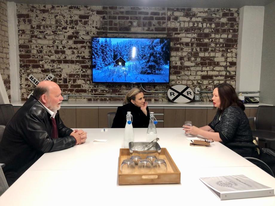Senator Tammy Duckworth meeting with Moline Mayor Stephanie Acri and Rock Island Mayor Mike Thoms