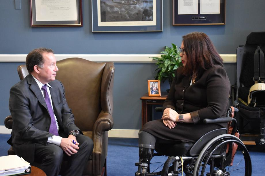 Duckworth Meets with EPA Deputy Administrator Nominee Ahead of His Nomination Hearing