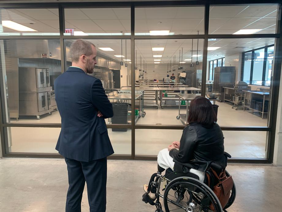 Duckworth Visits the Hatchery