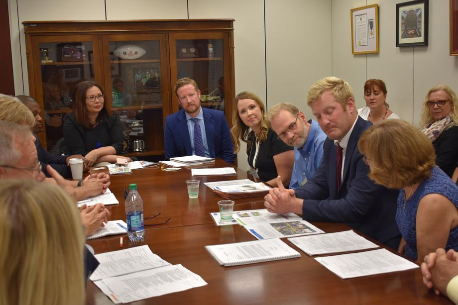 Duckworth Meets with Champaign County Chamber of Commerce
